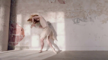 Nair Nourish TV Spot, 'Free Yourself: Ballet Dancer' - Thumbnail 6