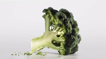 Fage Total TV Spot, 'Nothing More, Never Less: Broccoli' - Thumbnail 2