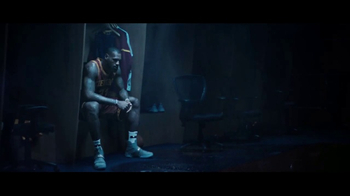 2017 Kia K900 TV Spot, 'Rain' Featuring LeBron James [T1] - Thumbnail 4