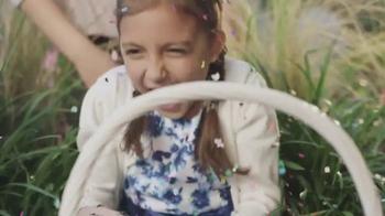 Walmart TV Spot, 'Celebra la Pascua' canción de Kinky [Spanish] - Thumbnail 4