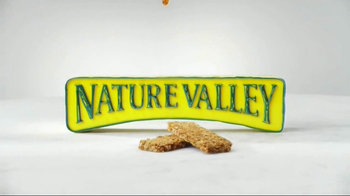 Nature Valley TV Spot, 'Honey Bear' - Thumbnail 9