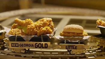 KFC Georgia Gold TV Spot, 'Recliner' Featuring Billy Zane - Thumbnail 6
