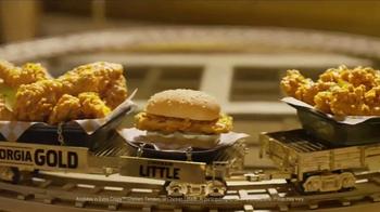 KFC Georgia Gold TV Spot, 'Recliner' Featuring Billy Zane - Thumbnail 7