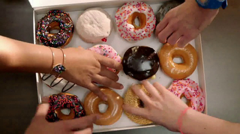 Dunkin' Donuts 2 for $2 TV Spot, 'Make Today Smile' - Thumbnail 6