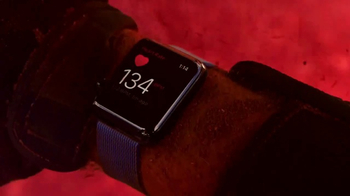 Apple Watch Series 2 TV Spot, 'Live Bright' Song by Beyoncé - Thumbnail 5