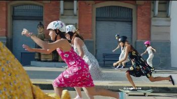 Old Navy TV Spot, 'Hi, Rollers' Song by HOLYCHILD - Thumbnail 7