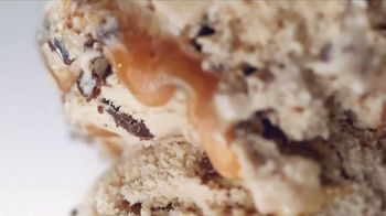 Baskin-Robbins Caramel Macchiato TV Spot, 'Flavor of the Month' - Thumbnail 5