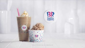 Baskin-Robbins Caramel Macchiato TV Spot, 'Flavor of the Month' - Thumbnail 9