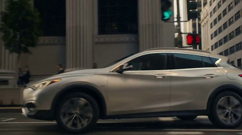 Infiniti QX30 TV Spot, 'Showing Off' [T1] - Thumbnail 5