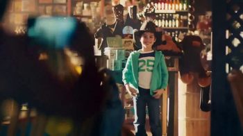 Cracker Barrel TV Spot, 'Every Little Thing: The Hat' - Thumbnail 4
