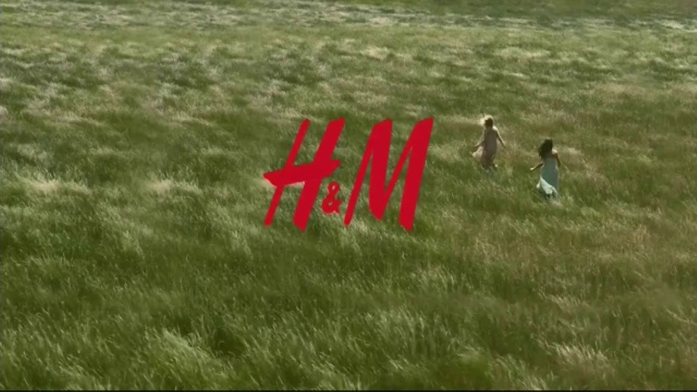 H&M TV Commercial, '2017 Spring Fashion' Song by The Kinks