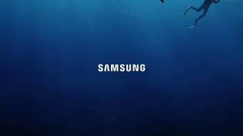 Samsung Galaxy S8 TV Spot, 'Unbox Your Phone: Diver' - Thumbnail 8