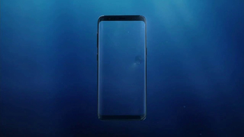 Samsung Galaxy S8 TV Spot, 'Unbox Your Phone: Diver' - Thumbnail 1