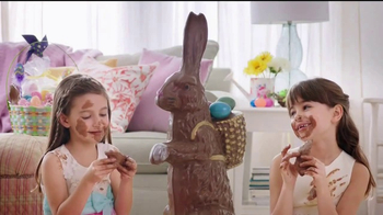 Payless Shoe Source TV Spot, 'Easter Shoe Hunting' - Thumbnail 4