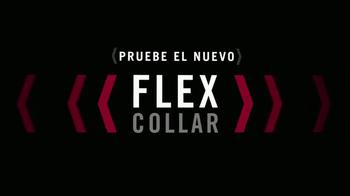 Van Heusen Flex Collar TV Spot, 'Comodidad expandible' [Spanish] - Thumbnail 4