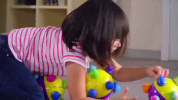 Chuckle Ball TV Spot, 'Bouncing and Jumping' - Thumbnail 4