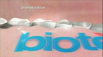 Biotene Dry Mouth Oral Rinse TV Spot, 'Singing' - Thumbnail 7