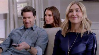 La-Z-Boy Year End Sale TV Spot, 'Best of Both' Featuring Brooke Shields - Thumbnail 7