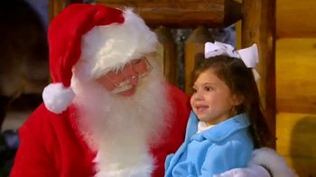 Bass Pro Shops Christmas Sale TV Spot, 'Last-Minute Gifts: Throws & Shirts' - Thumbnail 9