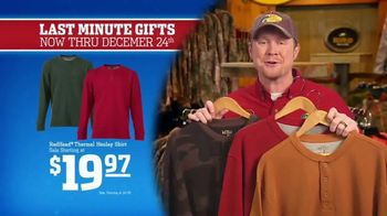 Bass Pro Shops Christmas Sale TV Spot, 'Last-Minute Gifts: Throws & Shirts' - Thumbnail 6