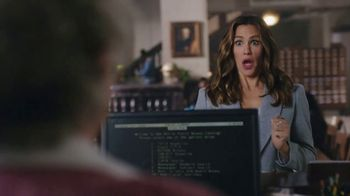 Capital One Venture TV Spot, 'Library' Featuring Jennifer Garner - Thumbnail 5