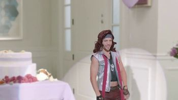 Diet Dr Pepper TV Spot, 'Bridal Shower' Featuring Justin Guarini - Thumbnail 7