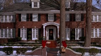 Raising Cane's Chicken Fingers TV Spot, 'Home Alone 2 for the Holidays' - Thumbnail 1