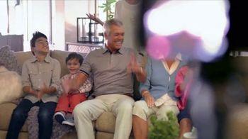 La-Z-Boy Year End Sale TV Spot, 'Family Photo' - Thumbnail 3