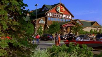 Bass Pro Shops After Christmas Clearance Sale TV Spot, 'Tracker Fishing' - Thumbnail 1