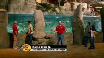 Bass Pro Shops After Christmas Clearance Sale TV Spot, 'Tracker Fishing' - Thumbnail 2