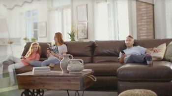 La-Z-Boy New Year's Sale TV Spot, 'Everyone's Favorite Spot' - Thumbnail 1