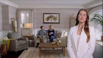 La-Z-Boy Year End Sale TV Spot, 'Best of Both' - Thumbnail 8