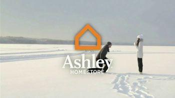 Ashley HomeStore New Year's Savings Bash TV Spot, 'New Home: Mattress' - Thumbnail 2
