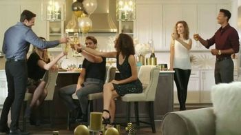 Ashley HomeStore New Year's Savings Bash TV Spot, 'New Home: Mattress' - Thumbnail 3