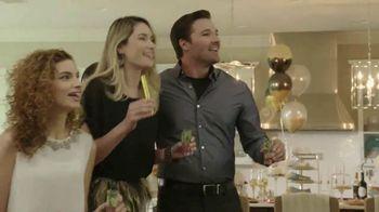 Ashley HomeStore New Year's Savings Bash TV Spot, 'New Home: Mattress' - Thumbnail 4