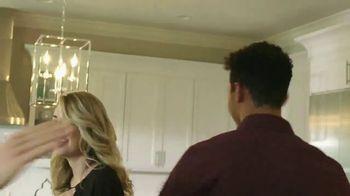 Ashley HomeStore New Year's Savings Bash TV Spot, 'New Home: Mattress' - Thumbnail 8