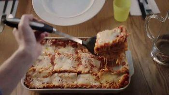 Kraft Mozzarella With a Touch of Philadelphia TV Spot, 'Lasagna' - Thumbnail 8