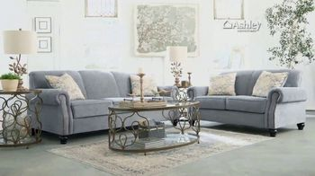 Ashley HomeStore New Year's Sale TV Spot, 'Free Delivery' - Thumbnail 3