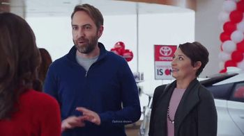Toyota Toyotathon TV Spot, 'The Wait Is Over: 2018 RAV4' [T2] - Thumbnail 2