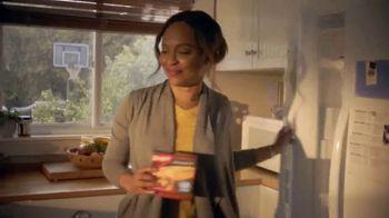 Banquet Chicken Pot Pie TV Spot, 'Feel Like Family' - Thumbnail 6