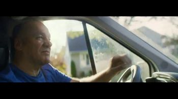 Intuit QuickBooks Smart Invoice TV Spot, 'Backing Jimmy Gallagher' - Thumbnail 4