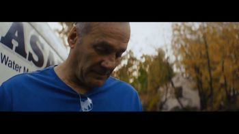 Intuit QuickBooks Smart Invoice TV Spot, 'Backing Jimmy Gallagher' - Thumbnail 6