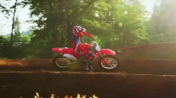 2018 Honda CRF250R TV Spot, '2018: Absolute Holeshot' - Thumbnail 4
