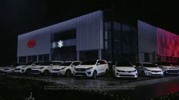 Kia Evento Light Up the Holidays TV Spot, 'Sorento y Optima' [Spanish] - Thumbnail 3