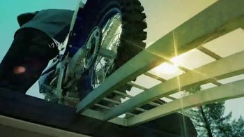 2018 Yamaha YZ450F TV Spot, 'Connected As One' - Thumbnail 2