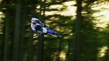 2018 Yamaha YZ450F TV Spot, 'Connected As One' - Thumbnail 5