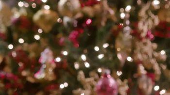 Balsam Hill TV Spot, 'Hallmark Movies & Mysteries: Christmas' - Thumbnail 2