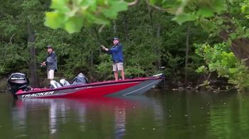 Bass Pro Shops After Christmas Clearance Sale TV Spot, 'Fishing Boats' - Thumbnail 6