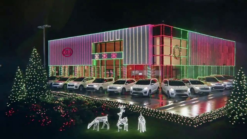 kia light up the holidays sales event tv commercial light show t2 ispottv