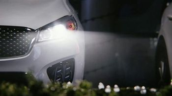 Kia Light Up the Holidays Sales Event TV Spot, 'Light Show' [T2] - Thumbnail 5